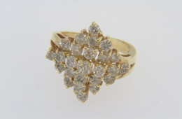Vintage 2.0ctw Diamond Cluster Estate Ring in 14k Yellow Gold Size 6.25