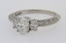 Contemporary Fine Oval and Round Diamond Engagement Ring in 14k White Gold Size 6.5