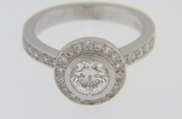 Modern 0.82tcw Fine Round Diamond Engagement Ring in 14k White Gold Size 6.25