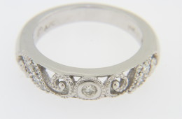 Vintage Fine 0.25tcw Round Diamond Whimsical Band Ring in 14k White Gold Size 6.25