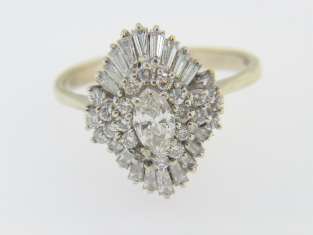 Vintage 1.5ctw Marquise Diamond Cluster Ballerina Ring in 18k White and Yellow Gold Size 9.25