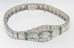 Vintage Very Fine 5.0ct Diamond and Emerald Art Deco Bracelet in Platinum