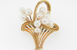 Vintage Rare 1960's Mikimoto Cultured Pearl Basket Pin In 14k Yellow Gold