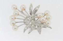 Vintage 1950's Cultured Pearl Floral Design Pin in .925 Sterling Silver