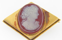Vintage Victorian Hard Stone Hand Carved Banded Agate Cameo Pin 14k Yellow Gold