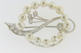 Vintage 1950s Cultured Pearl & Diamond Whimsical Design Pin & Earrings Set In 14k White Gold