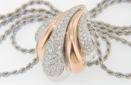 Contemporary Two Tone Damiani 1.50ctw Diamond Puff Scallop Design Necklace in 18k White & Rose Gold
