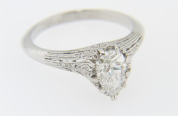 Vintage 1.19ctw Pear Cut Diamond Engagement Ring in Platinum Size 6.5
