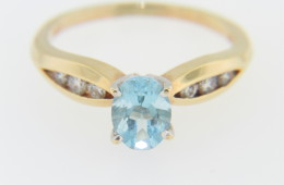 Vintage Oval Blue Zircon & Diamond Ring in 14k Yellow Gold Size 5.5