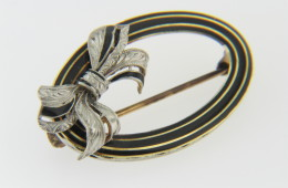 Vintage Two Tone Oval Black Enamel & Bow Design Pin in 14k Yellow & White Gold