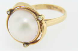 Vintage 14.2mm Malbe Pearl & Diamond Ring 14k Yellow Gold Size 6.75
