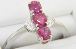 Vintage Very Fine 1.74ctw Ruby & Diamond Ring in Platinum Size 6.75