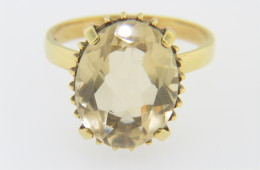 Vintage Fine Oval Citrine Ring in 18k Yellow Gold Size 8.75