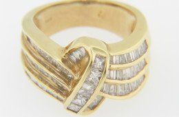 Vintage 2.0ctw Diamond Knot Design Band Ring in 14k Yellow Gold Size 6.25