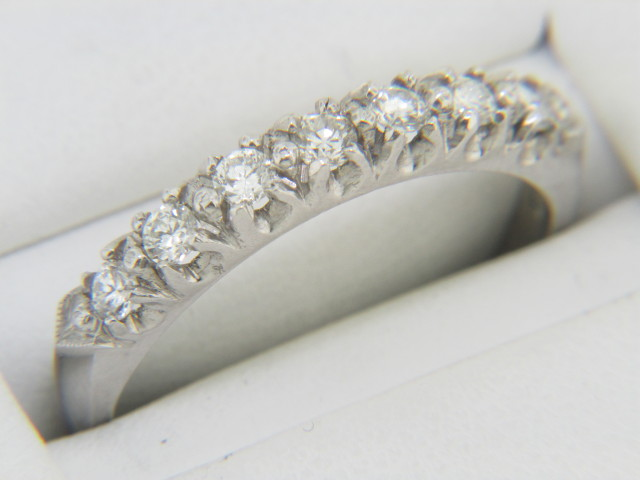Vintage 0.50ctw Fine Round Diamond Band Ring in Platinum Size 8 Timeless