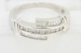Vintage 0.50ctw Round & Baguette Diamond Band Ring in 14k White Gold Size 5.25