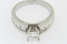 Vintage 1.25ctw Princess Cut Diamond Engagement Ring in Platinum Size 6.25