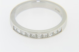 Vintage Princess Cut Diamond Band Ring in Platinum Size 6.75 Timeless