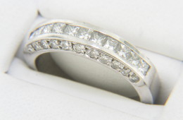 Vintage 1.0ctw Princess & Round Cut Diamond Band Ring in Fine Platinum Size 6.5