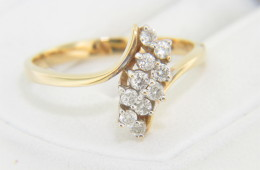 Vintage Antique 0.27ctw Fine Round Diamond Bypass Ring in 14k Yellow Gold Size 7