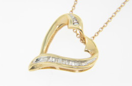 Vintage 0.25ctw Baguette Diamond Heart Love Pendant/Necklace in 14k Yellow Gold