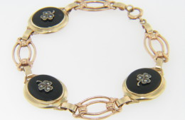 Vintage Oval Black Onyx & Pearl Three Leaf Clover Design Bracelet in 10k Yellow Gold