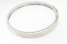 Vintage 3.0ctw Round Pave Diamond Bangle Bracelet in 18k White Gold