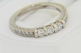 Contemporary 0.40ctw Round Diamond Band Ring in 14k White Gold Size 6.75 Very Fine