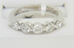 Contemporary 1.05ctw Round Diamond Band Ring Very Fine in 14k White Gold Size 6.75