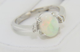 Vintage Oval White Opal & Round Diamond Ring in 10k White Gold Size 6.75 Timeless