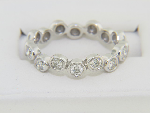 Contemporary 0.50ctw Round Diamond Bubble Band Ring in 14k White Gold Size 6.25