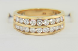 Contemporary 1.0ctw Round Diamond Band Ring in 14k Yellow Gold Size 6 Timeless