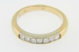 Timeless 0.42ctw Princess Cut Diamond Band Ring in 14k Yellow Gold Size 5.75
