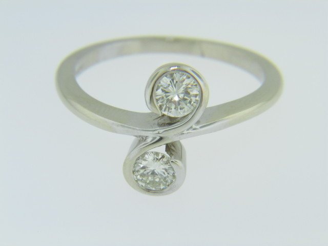 Contemporary 0.50ctw Two Stone Round Diamond Scroll Ring in 14k White Gold Size 7