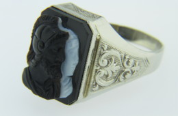 Vintage Black & White Neoclassical Warrior Cameo Ring In 14k White Gold Size 11