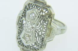 Vintage 0.22ctw Old Cut Diamond Elongated Filigree Ring in 18k White Gold Size 3.5