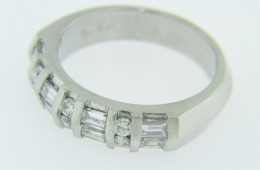 Vintage 1.0ctw Baguette & Round Cut Diamond Unique Band Ring Platinum Size 6.5