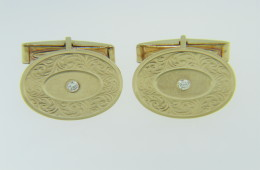 Vintage Round Diamond & Ornate Scroll Design Men's Cufflinks in 14k Yellow Gold