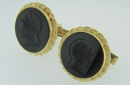 Vintage Round Black Onyx Warrior Cameo Twist Design Cufflinks in 14k Yellow Gold