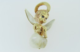 Lovely Natural Pearl & Sapphire Cherub Pin Brooch In 14k Yellow Gold