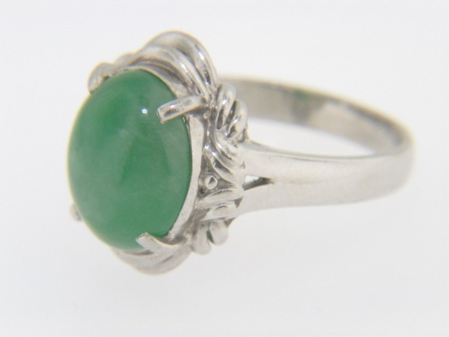 Vintage Handmade Oval Cabochon Jade Ring in Fine Platinum Size 6.5