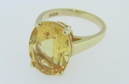 Vintage Oval Cut Citrine Solitaire Ring in 14k Yellow Gold Size 6.5