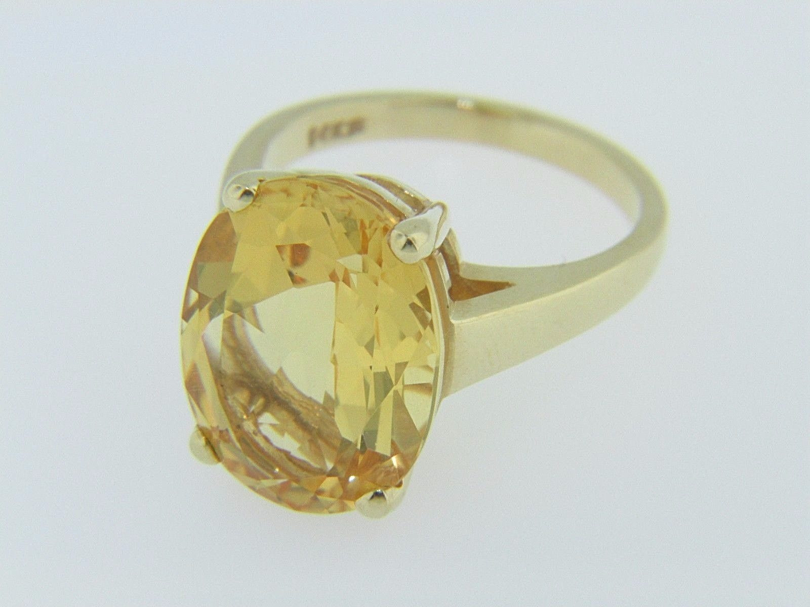 vintage oval cut citrine solitaire ring in 14k yellow gold. Black Bedroom Furniture Sets. Home Design Ideas