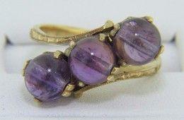 Victorian Cabochon Amethyst Triple Stone Bypass Design Ring In 18k Yellow Gold Size 6