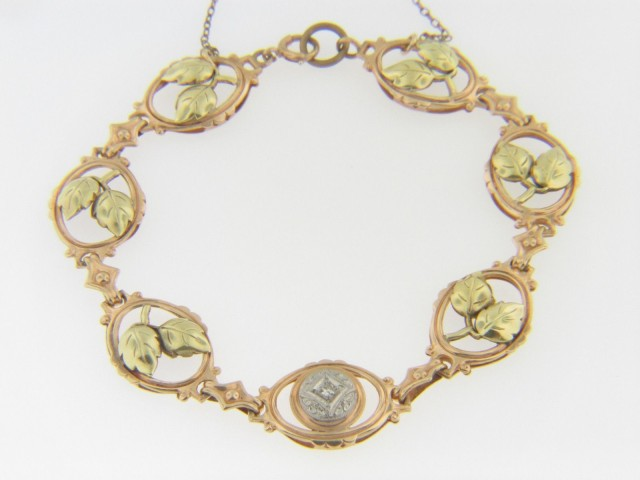 Vintage Three Tone Round Cut Diamond & Grape Leaf Design Bracelet In 10k Gold