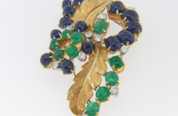 Vintage 1960's Ornate Cabochon Sapphire, Emerald & Diamond Pin Brooch in 18k Yellow Gold