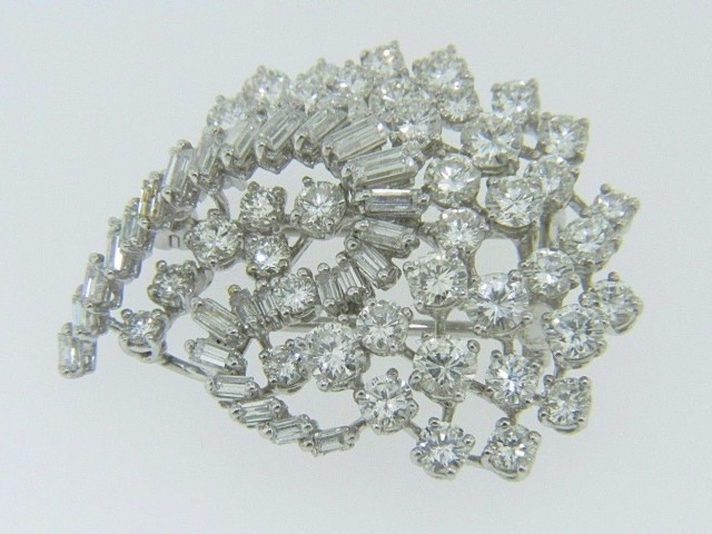 Vintage 4.0ctw Round & Baguette Cut Diamond Unique Swirl Design Brooch in Platinum