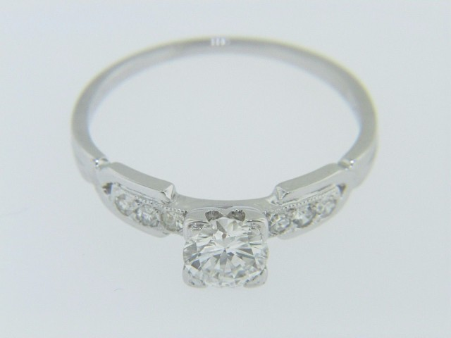 Vintage 0.52ctw Round Cut Diamond Engagement Ring in 18k White Gold Size 6.25
